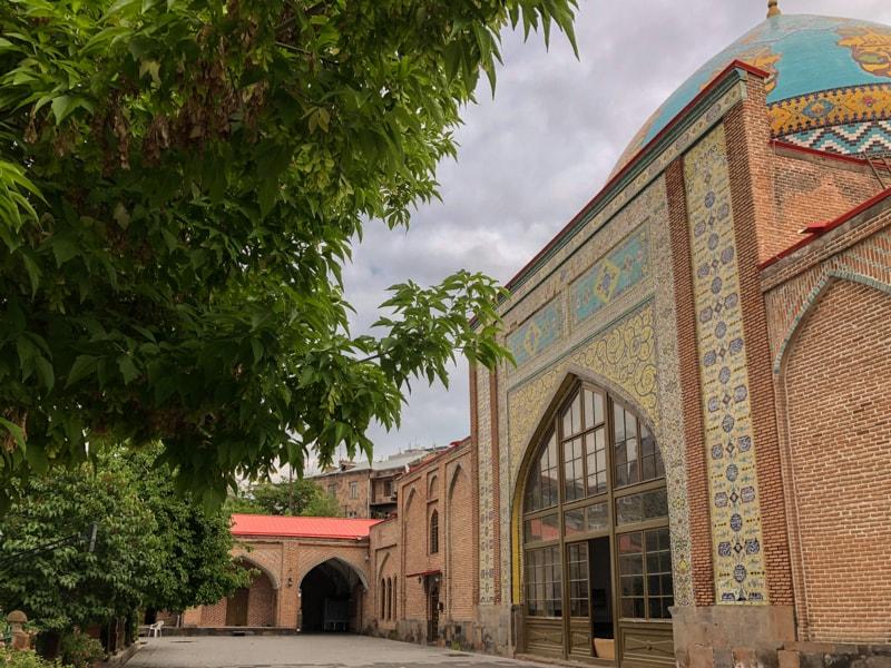 blue mosque yerevan armenia-3-min