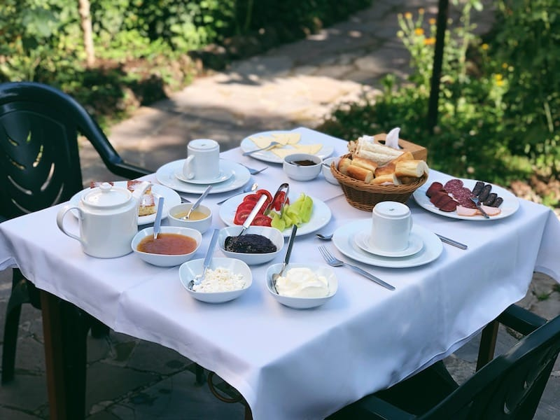 Hotel Mirhav in Goris breakfast