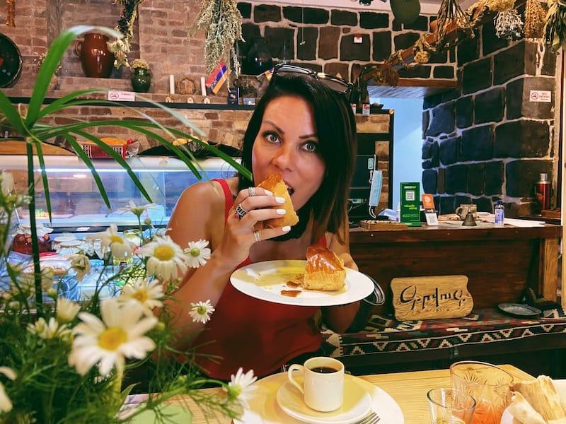Gwoog Gastrohouse gata Gyumri restaurant