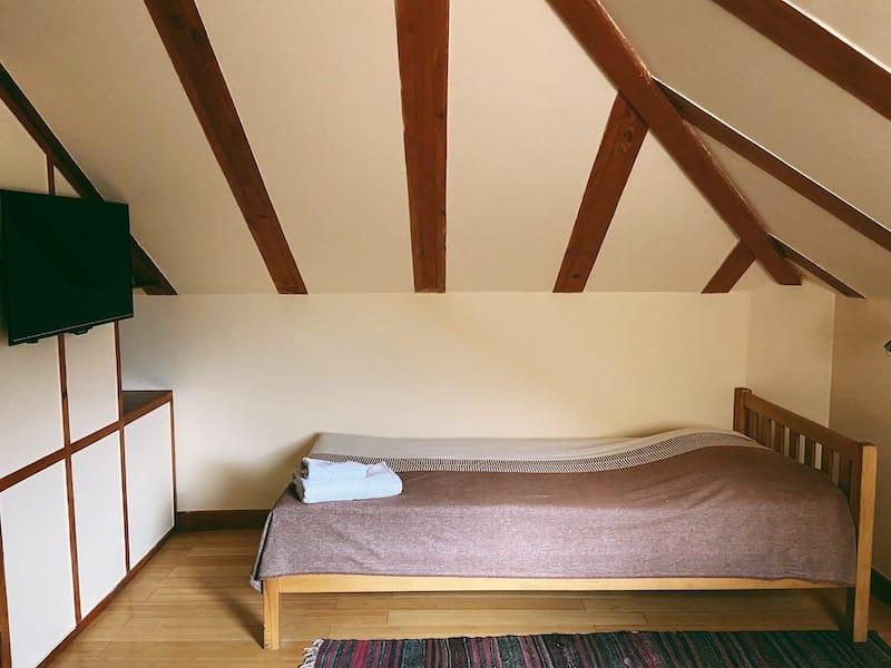 Hotel Mirhav in Goris room