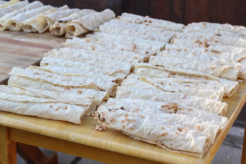 Eat khash in Armenia in autumn