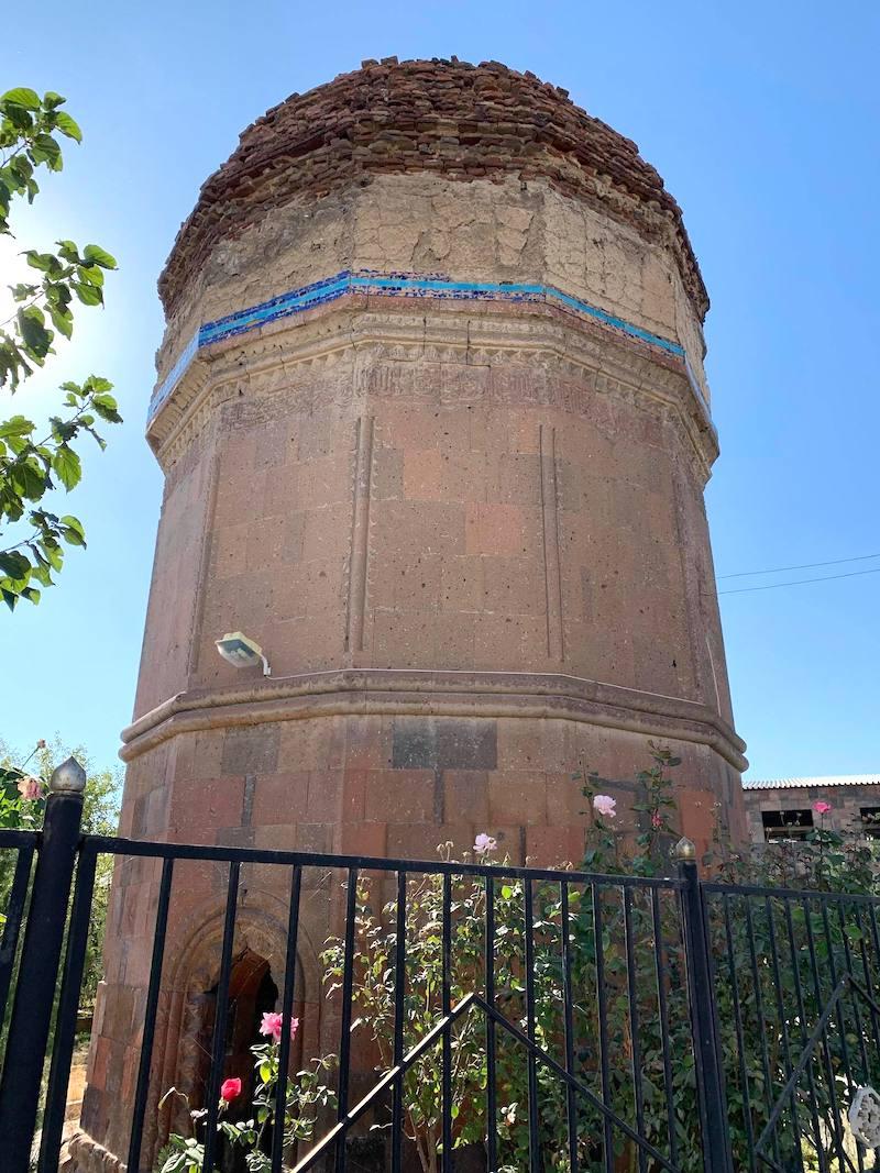 Turkmen Mausoleum in Argavand