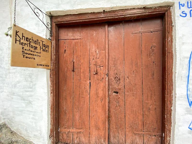 Khachats Toun Heritage-1-2