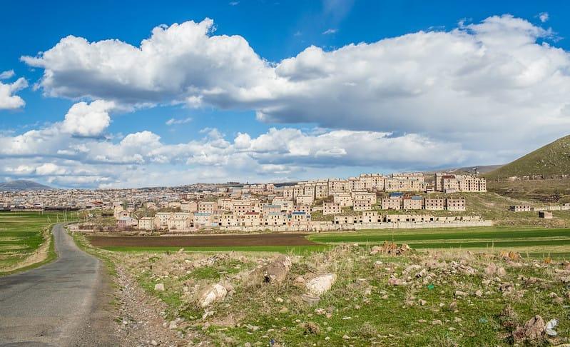 Artik village via Raffi Youredijian (Flickr CC BY-NC 2.0)