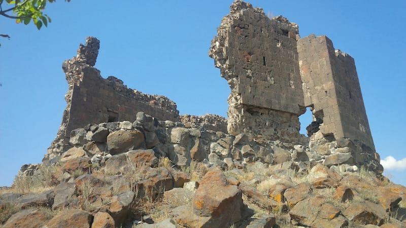Gusanagyugh Fortress via sedrakGr, CC BY 3.0
