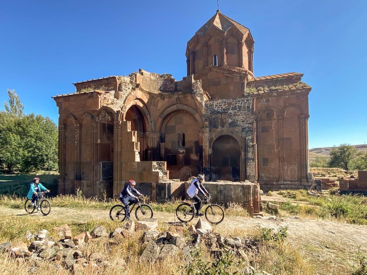 Places to visit in Shirak Armenia-1