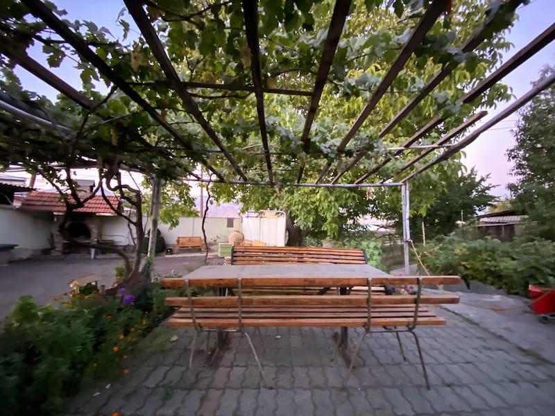 Under the Walnut Tree Guesthouse in Yeghegnadzor-16